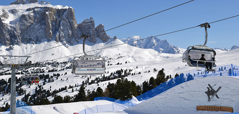 Italy_The-Dolomites-Ski-Area_Selva_Chairlift-view2.jpg